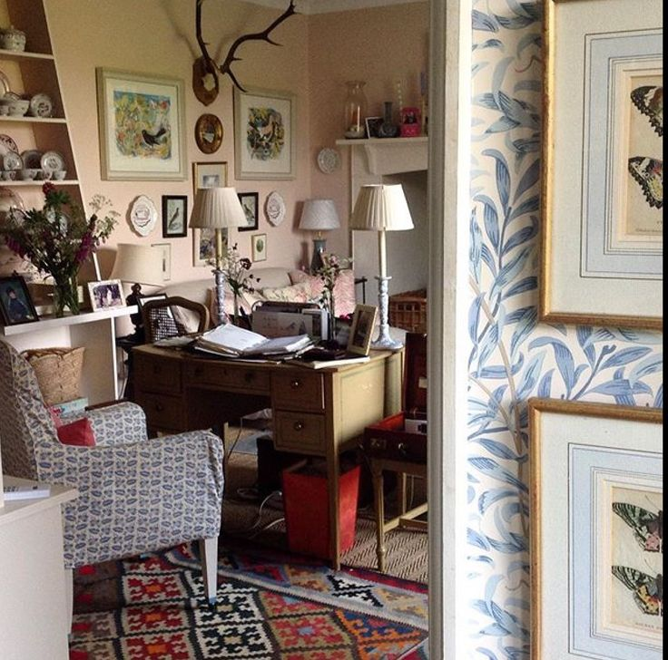 Louise Townsend Via Instagram. Love The Mix. And That Wm Morris Wallpaper.  Cow ParsleyCountry HomesCountry LifeCountry Living ...