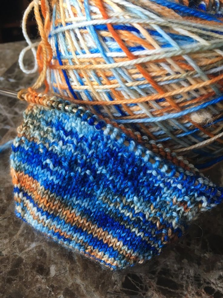 Eastern Bluebird on sock base.  Click the pic to visit the site.  Where Birds meet yarn!  Thank you.
