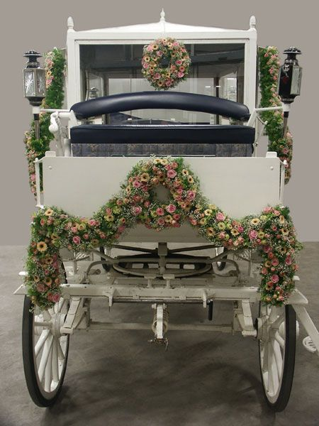 Carriage Blooms