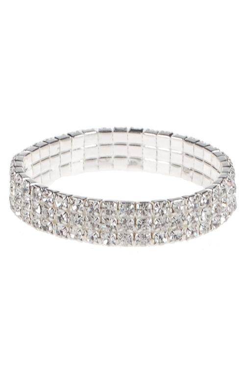 Stijlvolle zilverkleurige elastische kinderarmband. Deze armband voor meisjes heeft rondom 3 rijen van blanke strass steentjes. €6,95