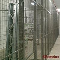 Cerramientos de acero para su almacén.   https://www.esmelux.com/cerramientos-a-medida
