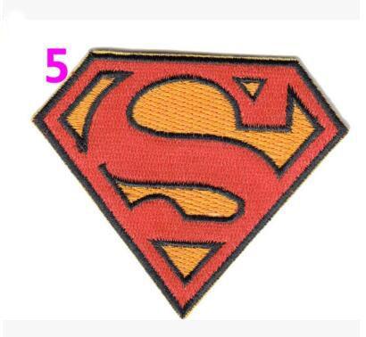 Горячая распродажа! Вышивка фильмы патчи 2016 бэтмен против супермена патчи железа на 7.5 x 6 см классические фильмы