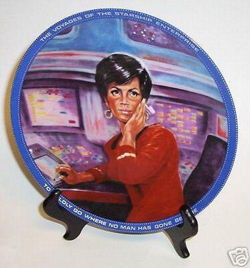 Star Trek Uhura Plate Blue Rim Border # 6624 Art Work Vintage 1986  sc 1 st  Pinterest & 175 best Collectibles Plates images on Pinterest | Star trek ...