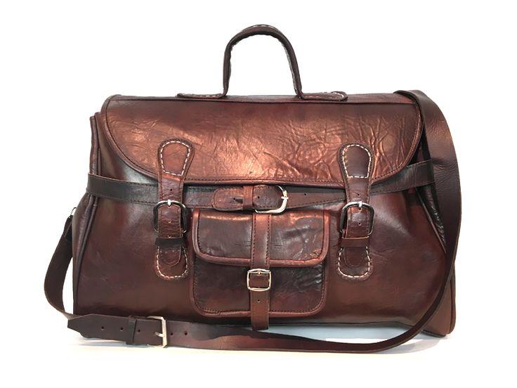 Reel Leer | De Anytime bag. €139,- Grote leren tassen. Handgemaakt. Supersterk leer. Uniek door de vintage look. Ethisch en milieuvriendelijk geproduceerd. Afmetingen 50x30x24 cm. #lerentas #leatherbag #stoereluiertas