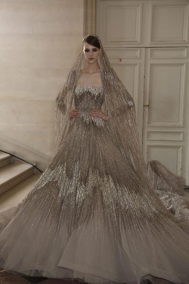 Elie Saab metallic wedding dress. This is just incredible (if completely impractical)