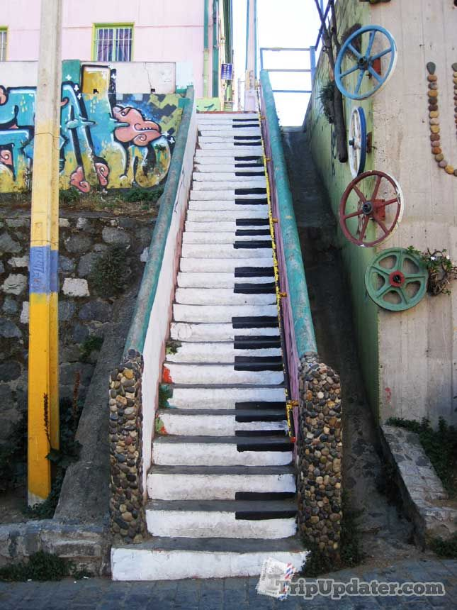 Valparaiso, Chile, Piano-stairsPhotos, Music, Grand Ideas, The Piano, Floor Stairs, Art, Piano Keys, Piano Staircas, Stairways