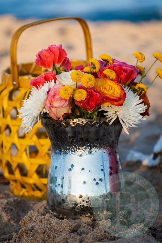 Bohemian beach engagement styled shoot. Jennifer Bianca of Casetta Bianca set design, props, styling. Liz Kane-Blanco photography.