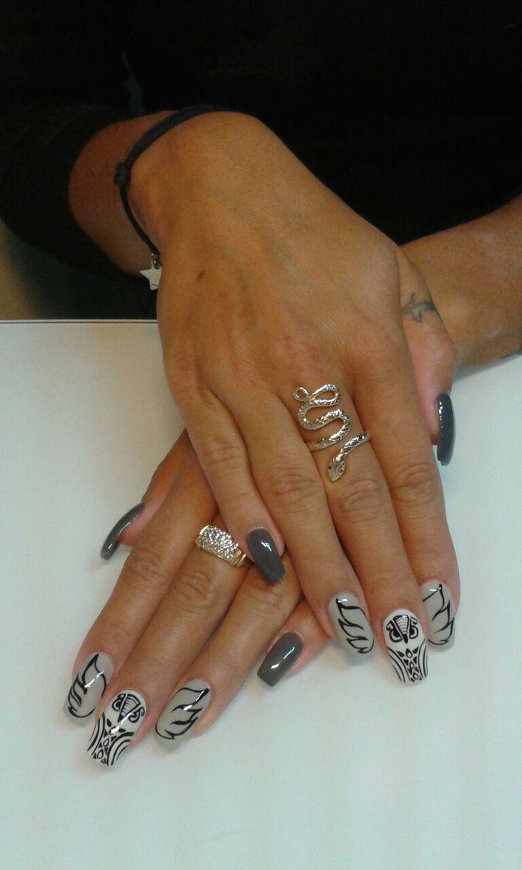 grey nails https://www.facebook.com/nailartdesignsalice/