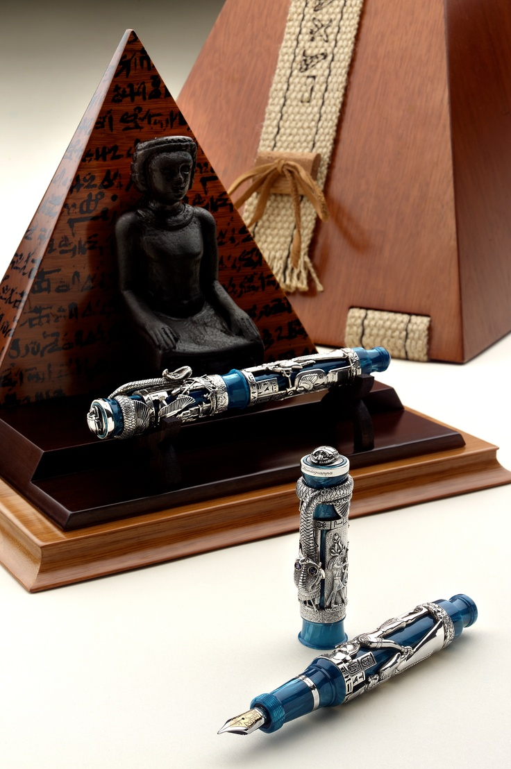Antik Mısır uygarlığının en çarpıcı sembollerinin izlerini taşıyan ve sınırlı sayıda üretilen Montegrappa Luxor.