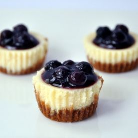 Blueberry Cheesecake Bites - Perfect one-pop, bite-sized fruity-cheesy-tart treats. One is definitely not enough!
