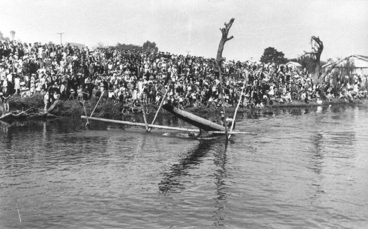 American servicemen at Ngāruawāhia regatta, 1943 | NZHistory, New Zealand history online