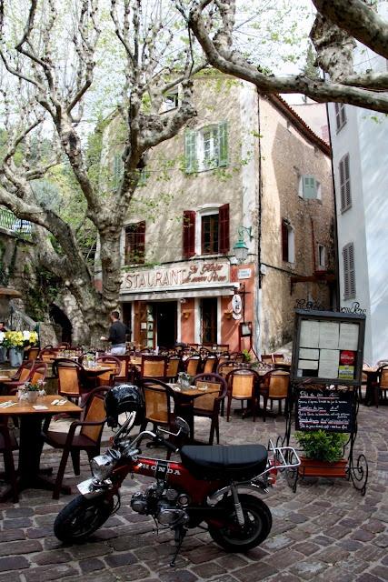 La Gloire de mon Pere. Cute restaurant in Seillans, Var, France