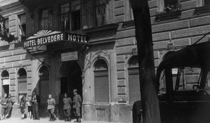 """Maggio 1942 - Comando di tappa italiano a Vienna - Eugenio Sacco """"Oltre il Don"""" Marlin Editore"""