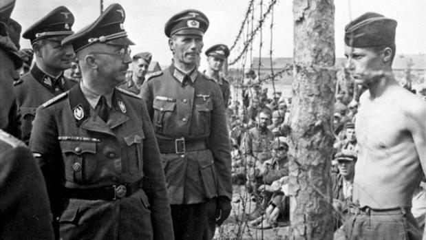 El dietario del jefe de las SS, hallado en archivos del Ejército Rojo, muestra a un psicópata capaz de irse a comer tras asistir al gaseamiento de mujeres y niñas judías