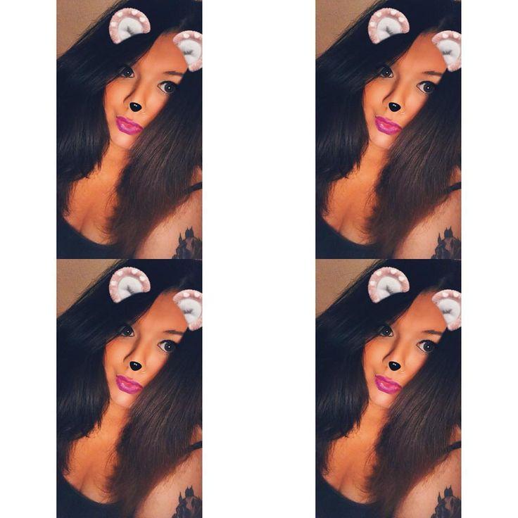 #selfiecentral #selfie #mua #motd #highlighter #tanned #eyelashes #eyeliner #lipstick #mac #heroine #biglips #purplelips #eyebrows #inkedup #inkedgirls #tattedgirls #fashion #ootd #wavyhair #beachwaves #curls #brunette #longhair #peircings #nosering