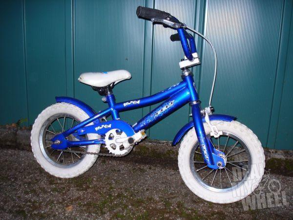 Kinderfahrrad der Marke Felt 12 Zo - neue & gebrauchte Fahrräder - Grünwald, Kreis München