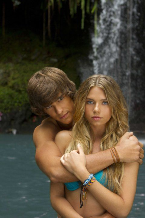 Still of Indiana Evans and Brenton Thwaites in Blue Lagoon: The Awakening (2012)