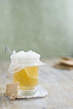 Maria'nın Bahçesi'nden limon çiçeği reçeli tarifi!                      Kahvaltınızı mis kokular sarsın!