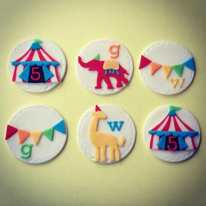Cupcake Decorating Ideas Using Fondant : 17 Best images about Fondant - Gymbo on Pinterest Circus ...