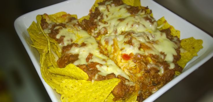 Get Your taste of Mexican with this fantastic and easy Nacho Recipe! Prep: 20 mins Cook time: 15 mins What you will need 400 grams Mince OLD EL Paso Nachos Topping (Pinto Bean, Tomato and Onion) Co...