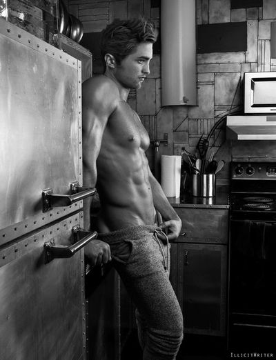 I have NEVER seen him look this hot! Yes please in my kitchen!