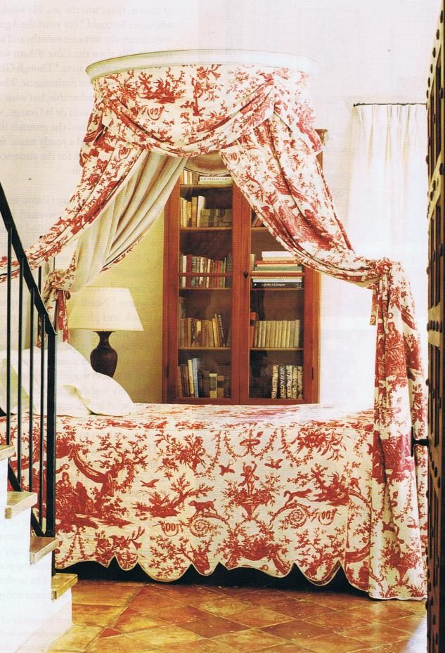 toile bed treatment, source: House and Garden magazine
