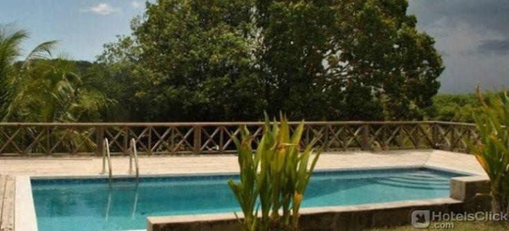 L'Hotel South Coast Horizon, collocato nel sud di Antigua, offre un accesso privato alla spiaggia di Cades, giardini tropicali e una piscina esterna. http://www.hotelsclick.com/alberghi/Antigua_E_Barbuda/Antigua_E_Barbuda/145458/Hotel-South_Coast_Horizon.html