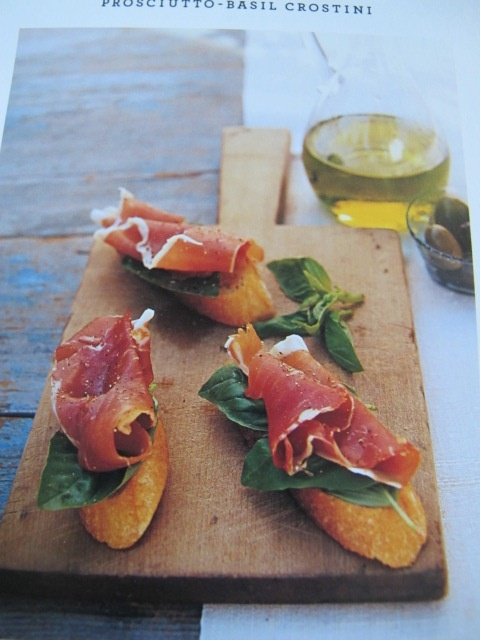prosciutto basil crostini | Foodie Finds | Pinterest