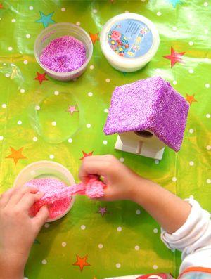 Foam Clay! De creatieve trend! Versier er je hout, keramiek en nog veel meer mee... ieder kind vin het leuk om mee te knutselen.