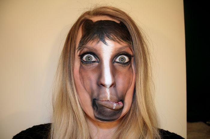 How about this creepy/cute HORSEFACE makeup by Psychosandra? Click on the link to see more! #makeup #humor #justbecause