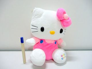 Boneka hello kitty pom-pom lucu