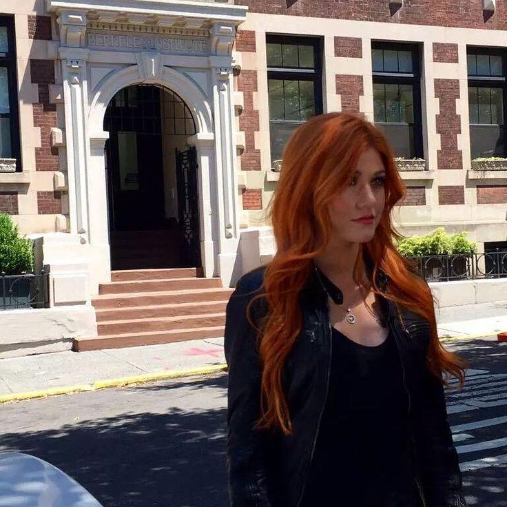 Kat/Clary at the Berkeley Carroll School, in New York. #Shadowhunters