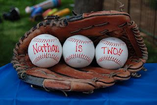 Erynn's Blog: The Baseball Party