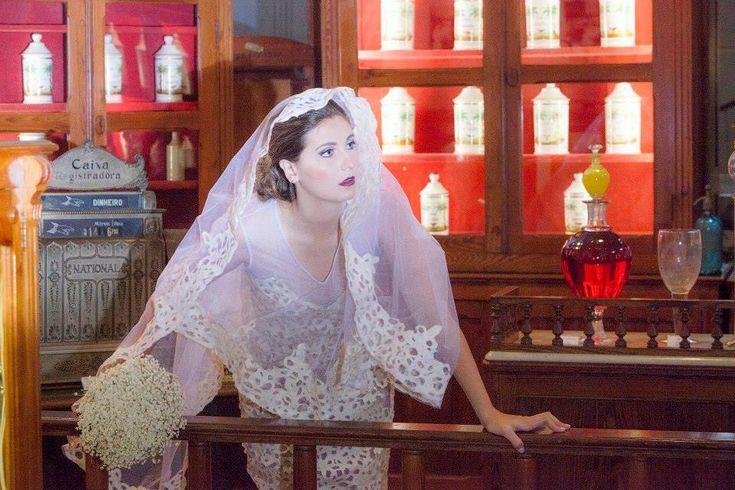 Iáskara Isadora - Designer brasileira transforma sacos de cimento em vestidos de noiva #IáskaraIsadora