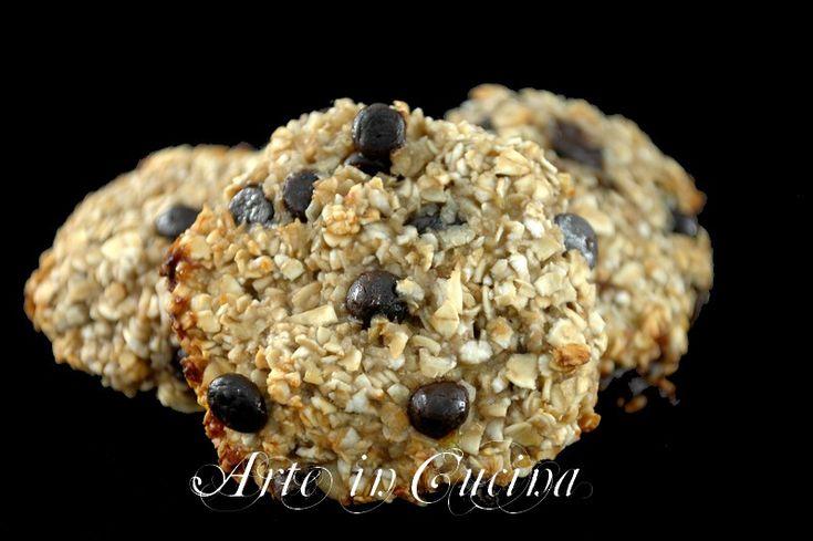 Biscotti alla avena e cioccolato veloci senza burro e uova