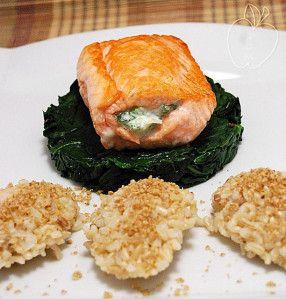 Rollitos de salmón y espinacas Salmon rolls with spinachs Rouleaux de saumon aux épinards