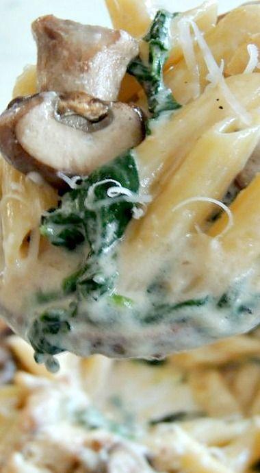 Chicken, Spinach & Mushroom Alfredo Pasta