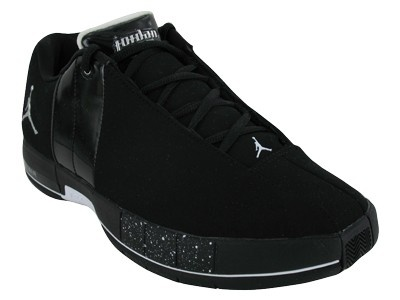 b604561e47a NIKE JORDAN TEAM ELITE II LOW MEN S BASKETBALL SHOES  84.90 Share on ...