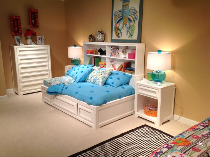 From Galleryfurniture.com · Use Bright Bedding To Add Some Color In This  Bedroom. #kids #tween #