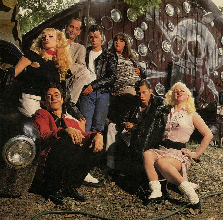 """Iggy Pop (as Belvedere Rickettes), Traci Lords (as Wanda Woodward), John Waters, Johnny Depp (as Wade """"Cry-Baby"""" Walker), Ricki Lake (as Pepper Walker), Darren E. Burrows (as Milton Hackett) and Kim McGuire (as Mona """"Hatchet-Face"""" Malnorowski) in Cry-Baby, 1990"""