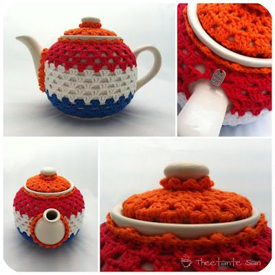 tea cozy from Holland///love the coordinating color top cover