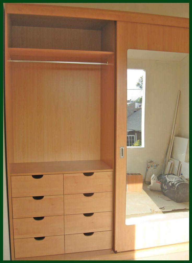 Las 25 mejores ideas sobre puertas de armario con espejos for Closet de madera modernos pequenos