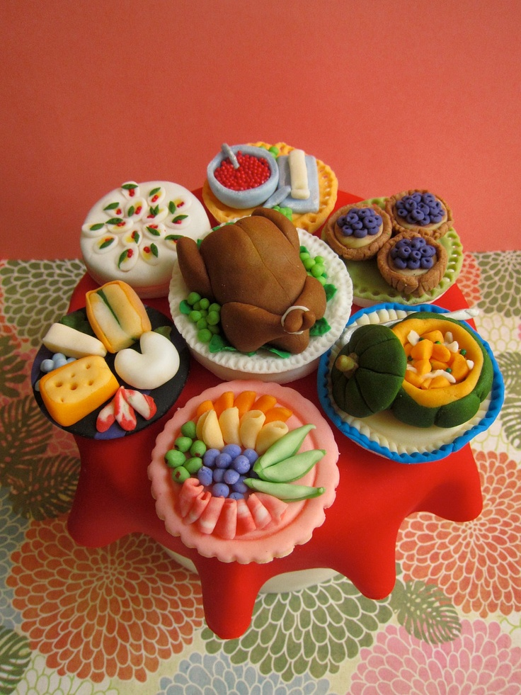 68 best images about chef fondant cake on pinterest chef for Decorations for thanksgiving cupcakes