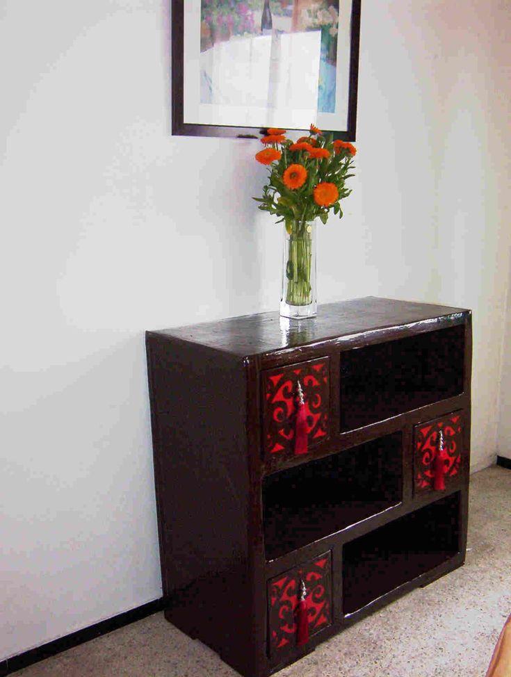 comment cr er un meuble en carton projetos a experimentar pinterest meuble en carton. Black Bedroom Furniture Sets. Home Design Ideas