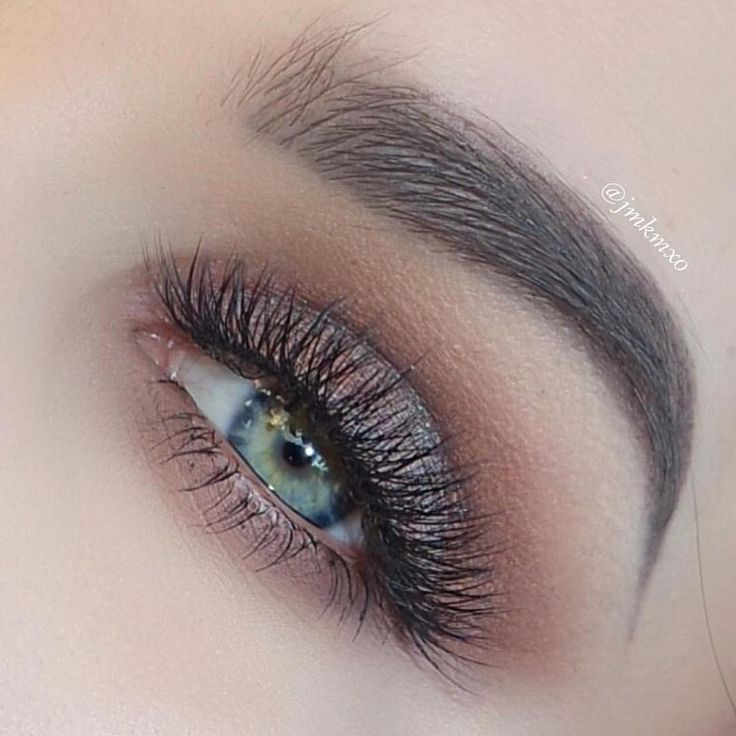 Brows @jmkmxo using #Dipbrow & #BrowWiz in Dark Brown #anastasiabrows #anastasiabeverlyhills