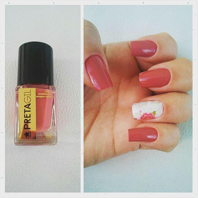 Instagram media by _danyguimaraes - #Nails #esmaltepretagil