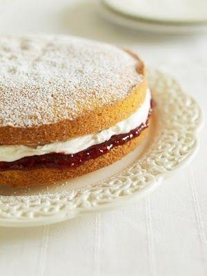 Aunt Millie's Victoria Sandwich Cake Recipe