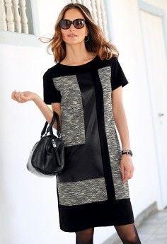 Šaty s patchwork efektem