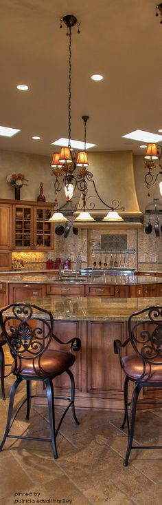 Love the beautiful kitchen island & lighting #LGLimitlessDesign #Contest