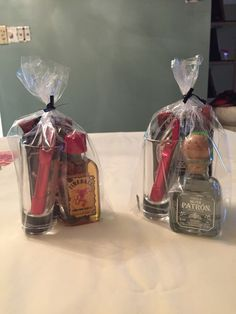 Party prizes for men | gifts and things | Baby shower ...